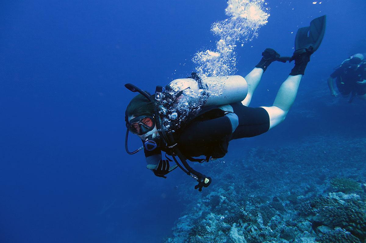 private-scuba-diving-boat-tours