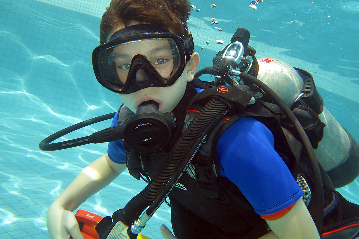 Scuba diving lessons for children